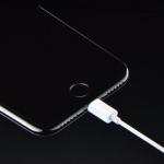 Γιατί τα iPhone δεν έχουν υποδοχή ακουστικών