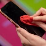 Πως καθαρίζω ένα κινητό τηλέφωνο smartphone