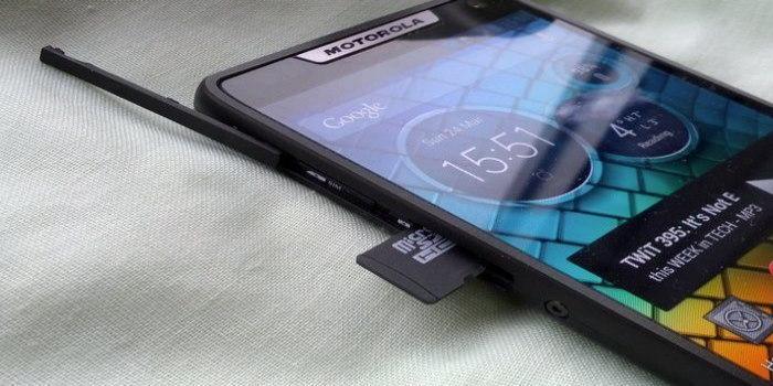 γιατί δεν αναγνωρίζει το smartphone την κάρτα μνήμης