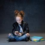 Κινητό τηλέφωνο και παιδί