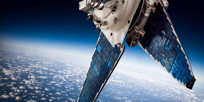 πως λειτουργεί το gps στα κινητά μέσω δορυφόρου