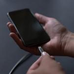 Γιατί το κινητό φορτίζει αργά