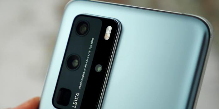 kinhta-smartphone-me-thn-kalyterh-camera